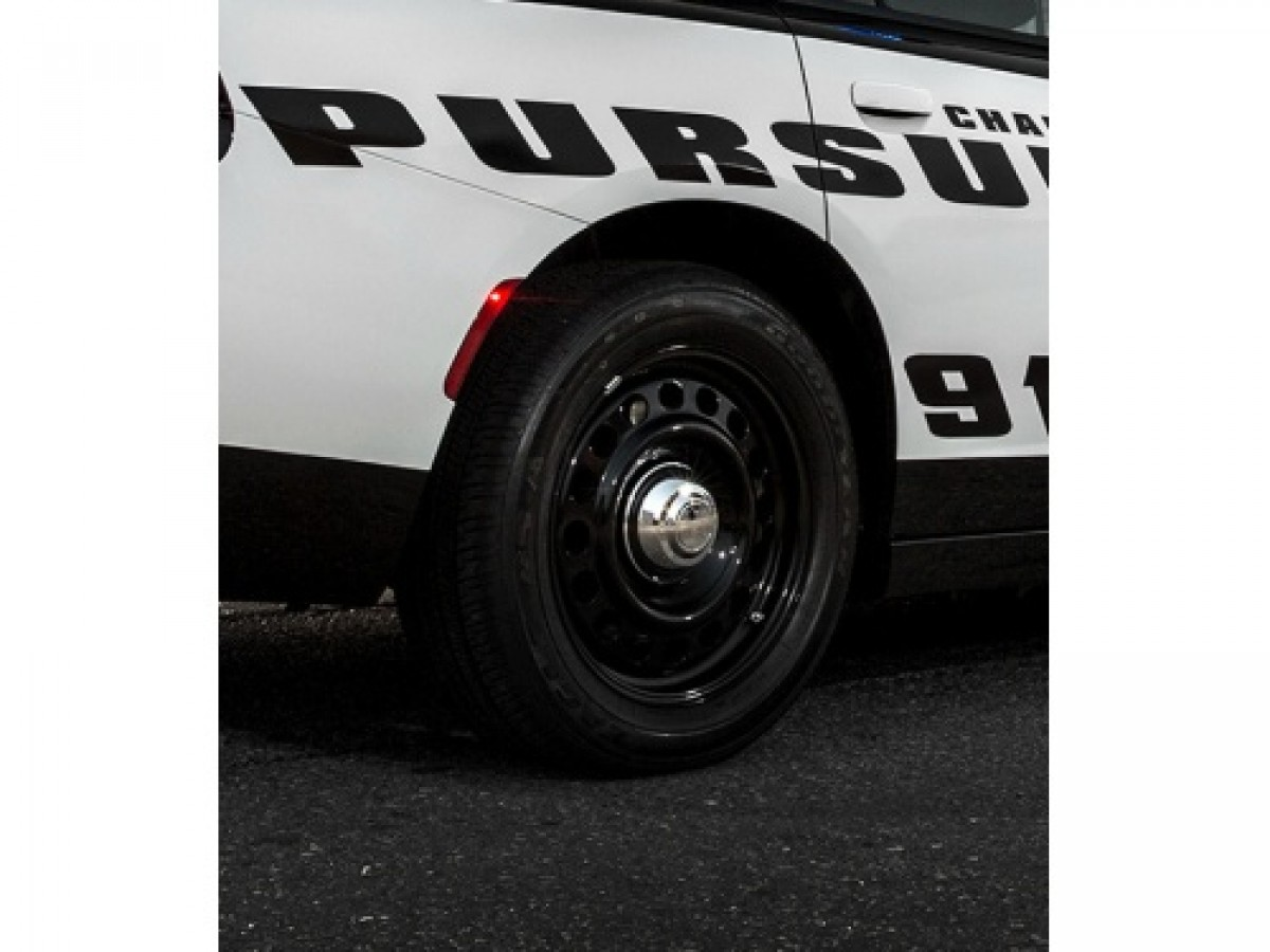 Genuine Mopar Police Pursuit Wheel  Part No  68206561aa