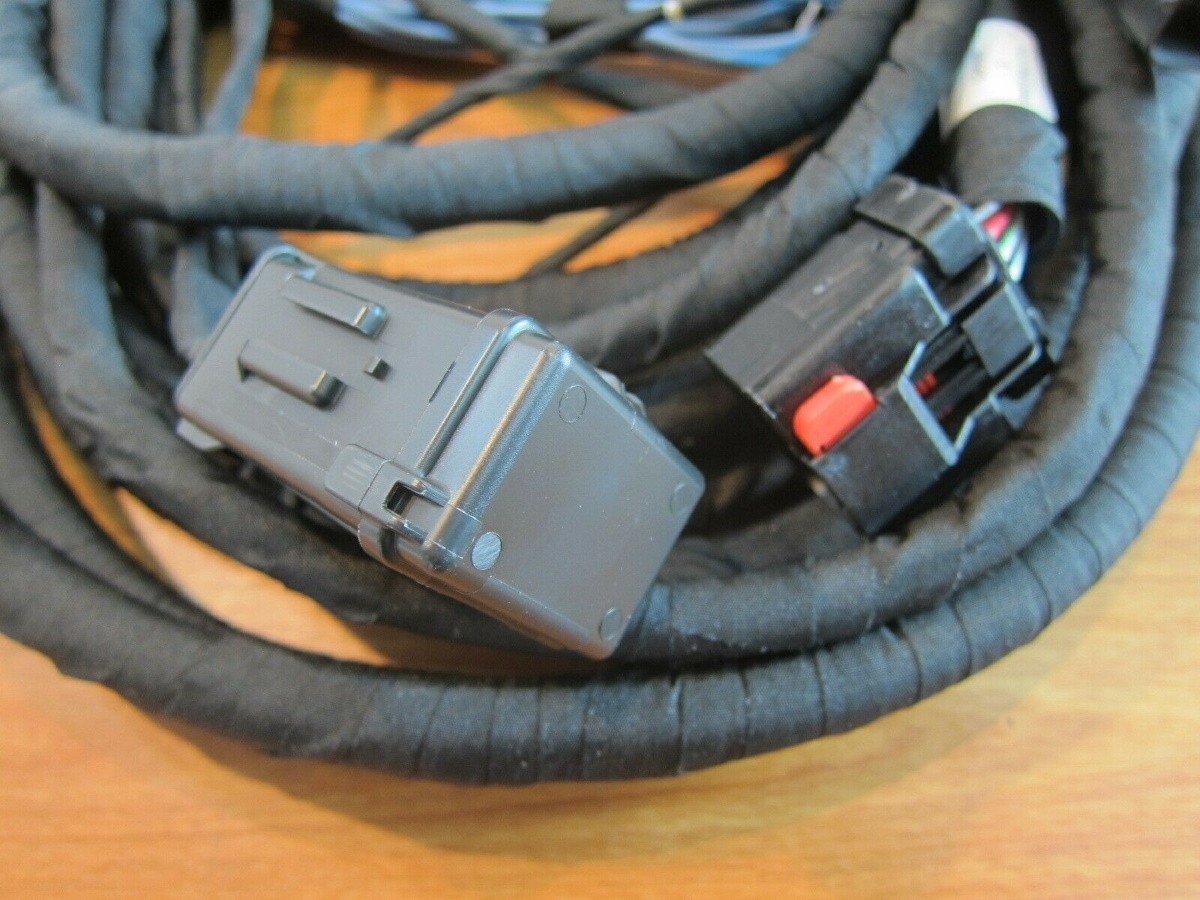 Genuine Mopar Trailer Tow Wiring Harness  Part No  82212455ae